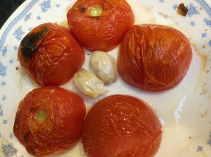 Broiling tomato and garlic for tomato chutney